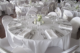 Sopheze-onthebay-wedding-tables